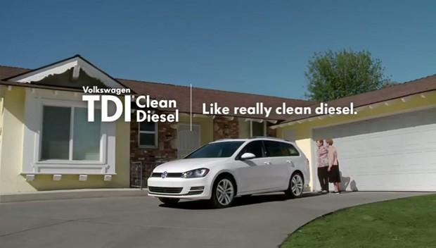 Anúncio da Volkswagen nos Estados Unidos afirma que seus carros a diesel são limpos (Foto: Reprodução)