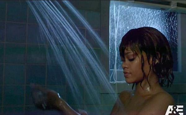 A cantora Rihanna em cena da série Bates Motel (Foto: Reprodução)