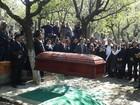 Corpo de Roberto Bolaños é enterrado na cidade do México