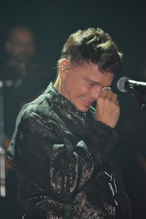 Netinho se emociona em volta aos palcos em Salvador (Foto: Felipe Souto Maior / Divulgação)