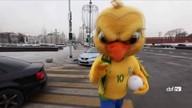 Rússia recebe canarinho da Seleção e homenageia Pelé