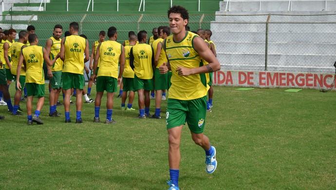 Orobó, atacante do Coruripe (Foto: Jota Rufino/GloboEsporte.com)