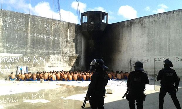 Controle foi retomado primeiro no Presídio Provisório Raimundo Nonato Fernandes, na Zona Norte de Natal (Foto: Grupo de Escolta Penal)