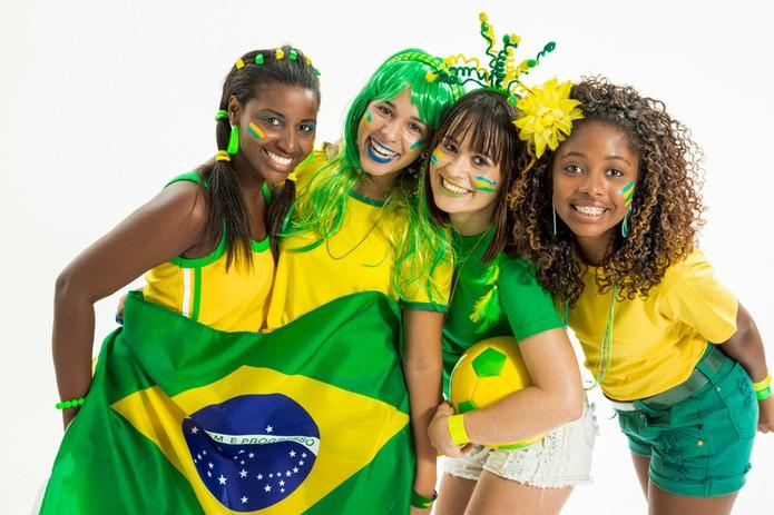 Mulheres jovens lideram público que mais comentou no Facebook em Brasil X Camarões (Foto: Pond5)