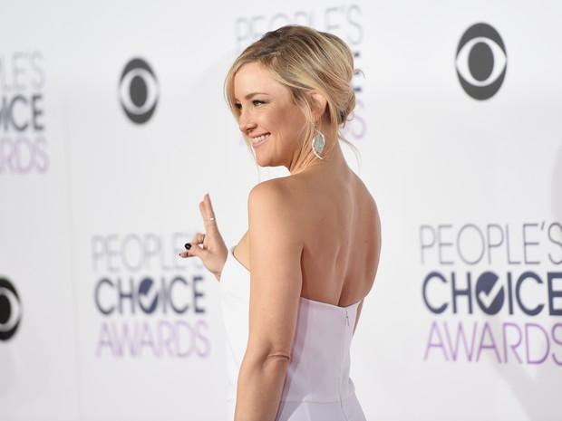 Kate Hudson em premiação em Los Angeles, nos Estados Unidos (Foto: Jason Merritt/ Getty Images/ AFP)