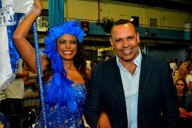 Selminha Sorriso e Marcos Falcon (Foto: Reprodução/Facebook)