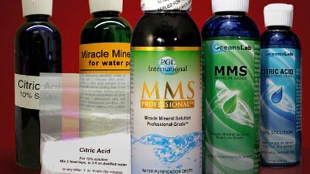 Frascos de MMS (Foto: Divulgação)