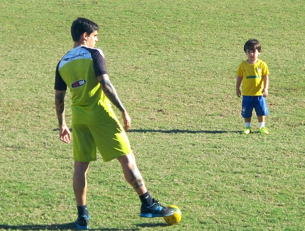 Fagner treino Vasco (Foto: Gustavo Rotstein)