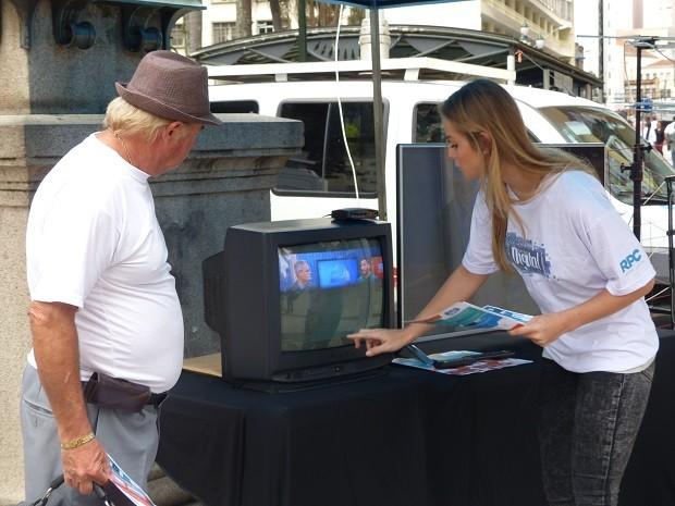 Na TV analógica, a imagem e o som são de baixa qualidade  (Foto: Divulgação/RPC)