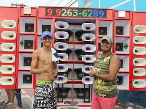 Moradores do bairro Educandos comandaram os intervalos dos shows com o som do paredão. (Foto: Ive Rylo/ G1 AM)