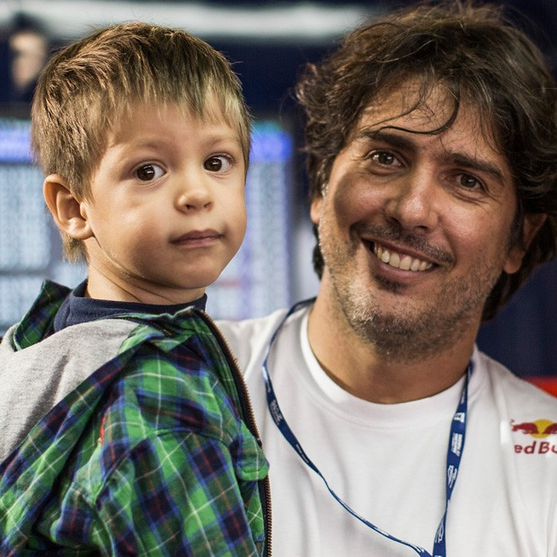 Cacá Bueno e seu filho, Cadu (Foto: Bruno Terena)