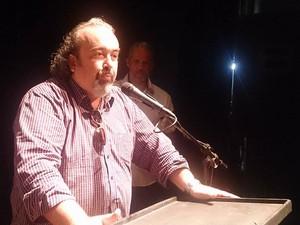 Secretário de Cultura de Santos falou sobre a importância do Estandarte Santista (Foto: LG Rodrigues/G1)