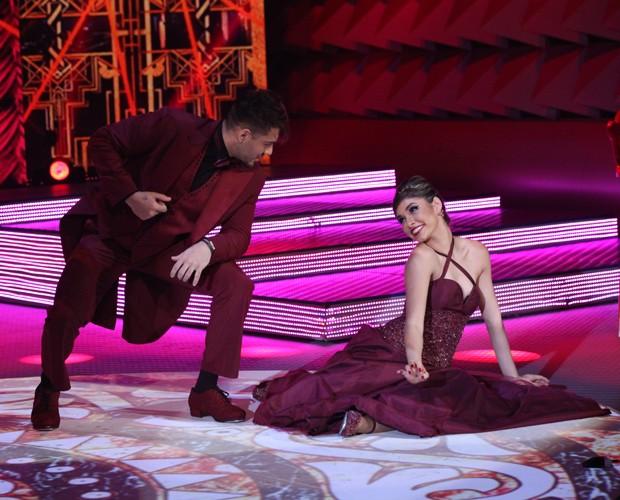 Lucas Lucco e bailarina Ana Paula Guedes arrasam no foxtrote (Foto: Carol Caminha/TV Globo)