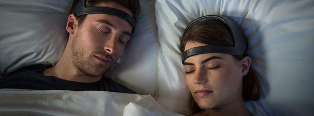 Yves Behar cria headband que induz o sono profundo (Foto: Divulgação)
