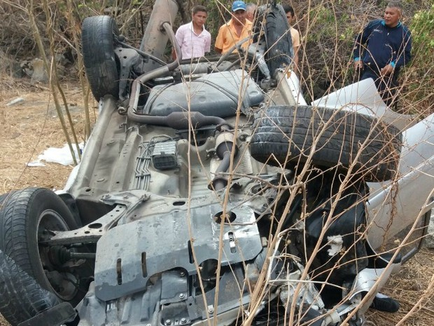 Militar morre em acidente no interior do Ceará (Foto: PRF/Divulgação)