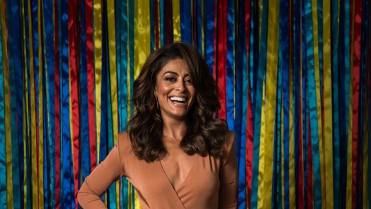 Juliana Paes jura que nunca fez loucura por amor, mas assume: 'Sou muito passional'
