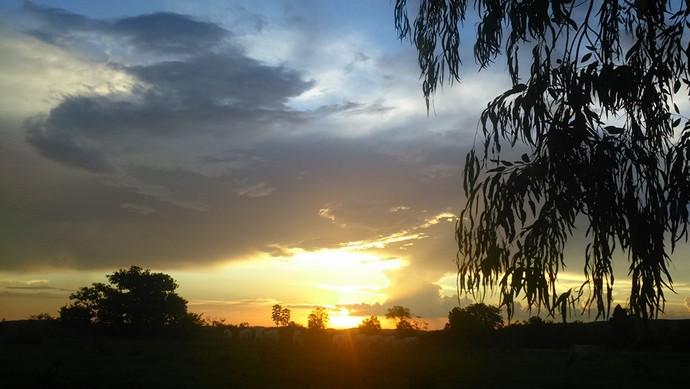 Pôr do Sol em São Vicente Da Serra (Foto: Estefany Bispo)