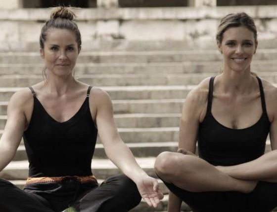 Juliana Sana e Fernanda Lima meditaram juntas na índia em matéria que já foi exibida na atração (Foto: Divulgação/ Rede Globo)