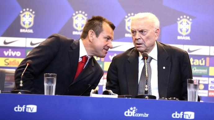 Dunga e Marin Apresentação Brasil (Foto: André Durão)