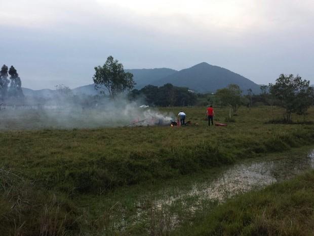 Acidente foi no final da tarde deste domingo (23) (Foto: Jornal Razão/Divulgação)
