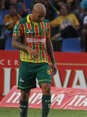 Paulo Sérgio - zagueiro sampaio (Foto: Douglas Junior/O Estado)
