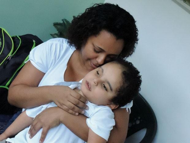 João Pedro é o presente da mãe, Elaine (Foto: Katherine Coutinho / G1)