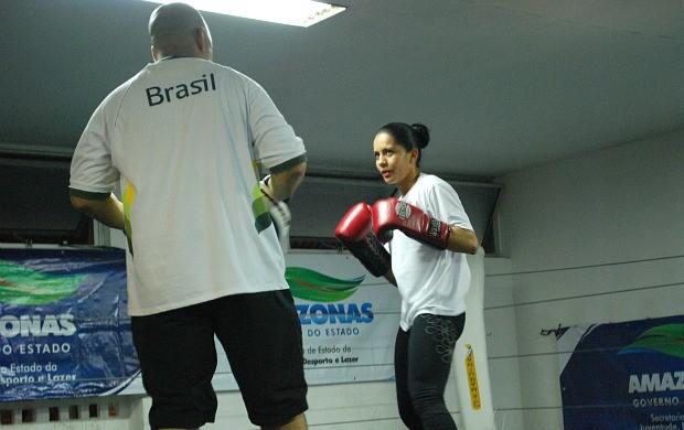 Ketlen Alves Carlos Fiola (Foto: Adeilson Albuquerque/GLOBOESPORTE.COM)
