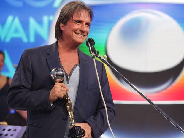 Roberto Carlos recebe Melhores do Ano Especial (Foto: Domingão do Faustão/TV Globo)