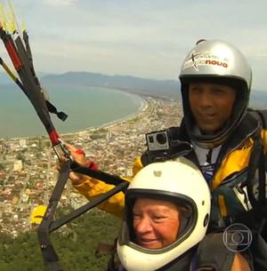 Vovó radical realiza sonho de saltar de parapente (Encontro com Fátima Bernardes/TV Globo)