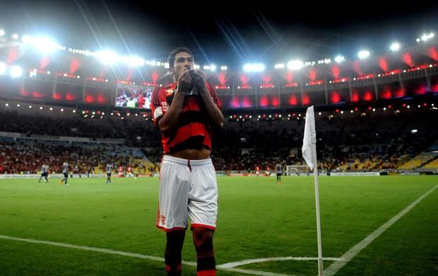 Hernane, Flamengo x Emelec (Foto: André Durão)