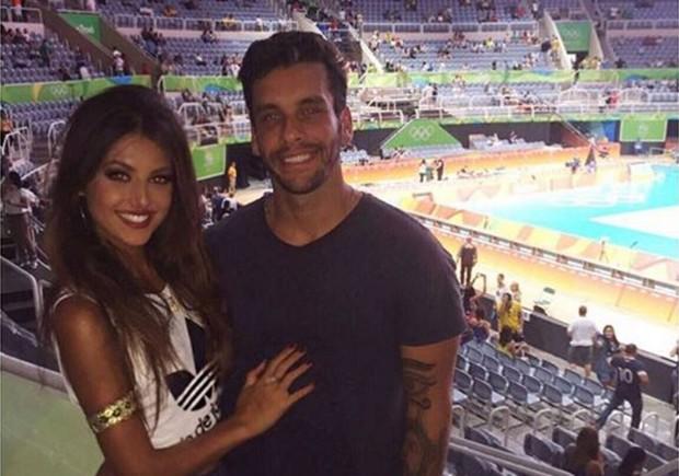 Anajú Dorigon bem acompanhada na Olimpíada Rio 2016 (Foto: Reprodução/Instagram)