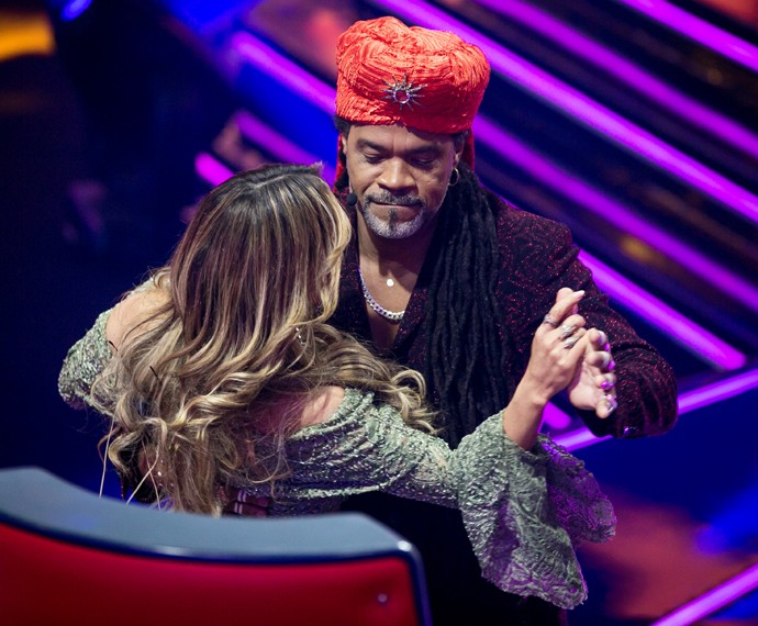 Brown e Claudinha mandaram ver na coreografia! (Foto: Isabella Pinheiro / Gshow)