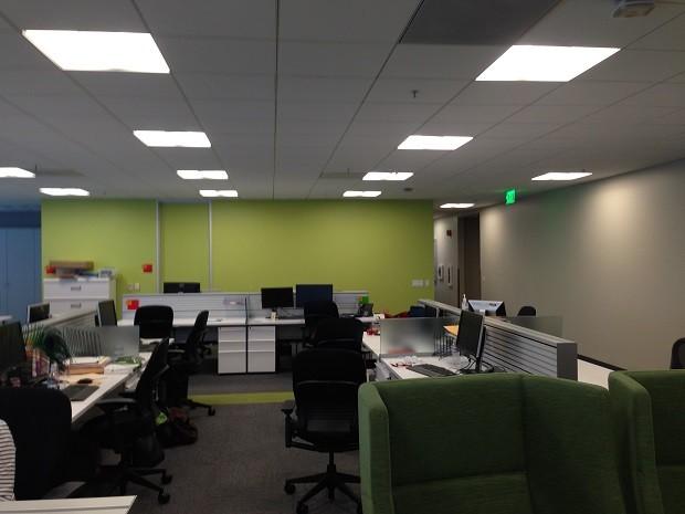 Como era o escritório da agência... (Foto: Ben Brucker/Imgur)