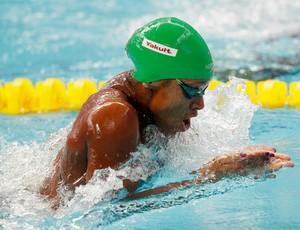 Alia Atkinson em ação nas eliminatórias dos 100m peito no Mundial de Kazan  (Foto: Adam Pretty / Getty Images)