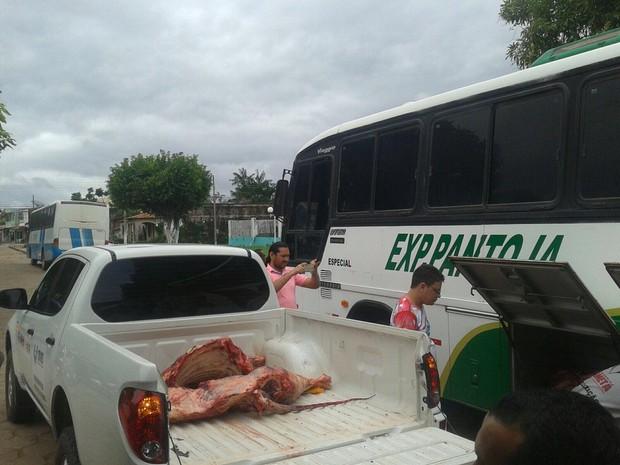 Vigilância Sanitária levou carne para ser incinerada em abatedouro municipal de Cametá. (Foto: Divulgação/Vigilância Sanitária)