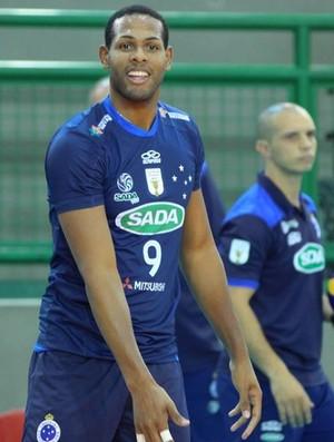 Leal, ponteiro do Cruzeiro, volei (Foto: Reprodução / Cruzeiro)