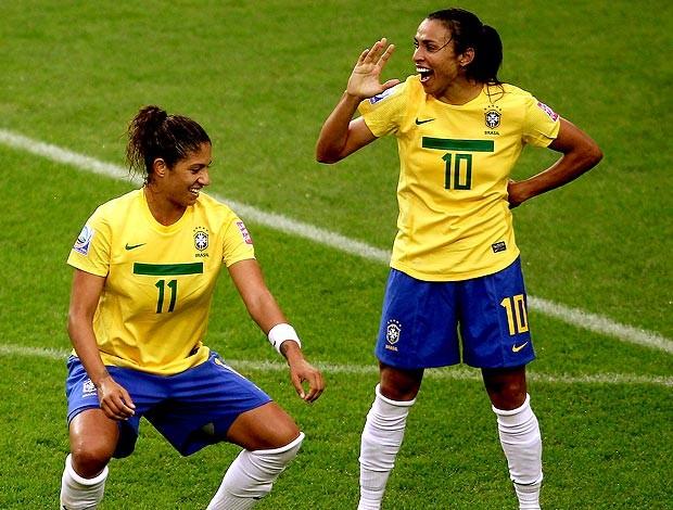 Marta comemora gol da Seleção com dança (Foto: Getty Images)