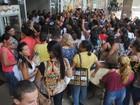 Merendeiras do DF fazem greve por salário e tíquete-alimentação