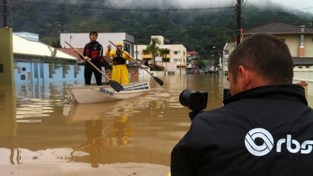Chuvas atingiram principalmente a região Norte do estado (Foto: Cinthia Raash/RBS TV)
