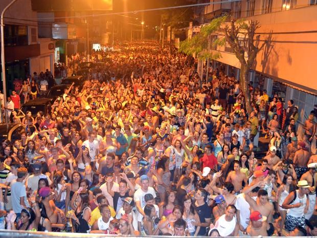 Cerca de 30 mil pessoas participaram do Bloco do Pijama em 2015 (Foto: Prefeitura de São Lourenço/ Divulgação)