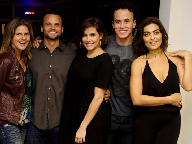 Fabiana Boal, Rafael Lund, Deborah Secco, Rodrigo Fonseca e Juliana Paes em evento no Rio (Foto: Guilherme Taboada/ Divulgação)
