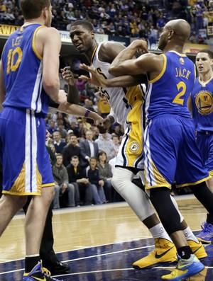 NBA briga Pacers x Warriors Roy Hibbert David Lee (Foto: AP)