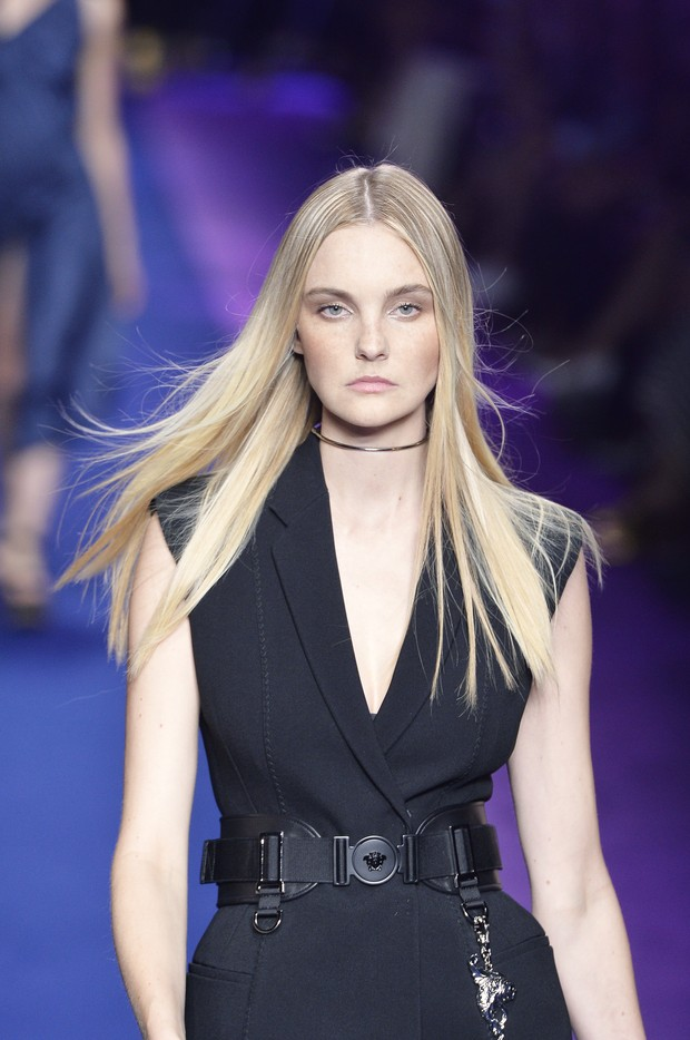 Modelo brasileira Carol Treniti desfila na semana de moda de Milão (Foto: Getty Image)