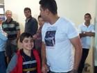 Criança chega dos EUA e reencontra pai que recuperou sua guarda no ES