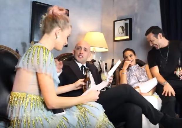 """Fiorella, Paulo Gustavo e Bruna Marquezine brincam de """"eu nunca"""" com nosso Mister V (Foto: reprodução)"""