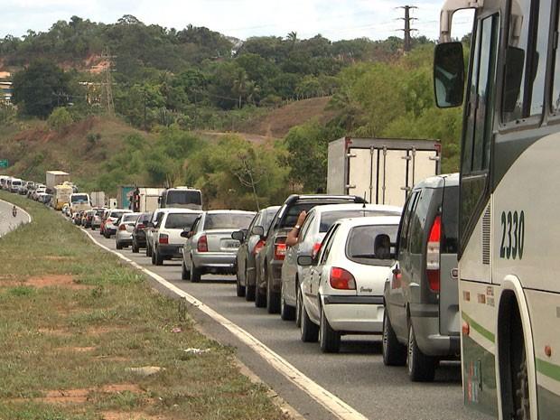 BR-324 (Foto: Reprodução/TV Bahia)