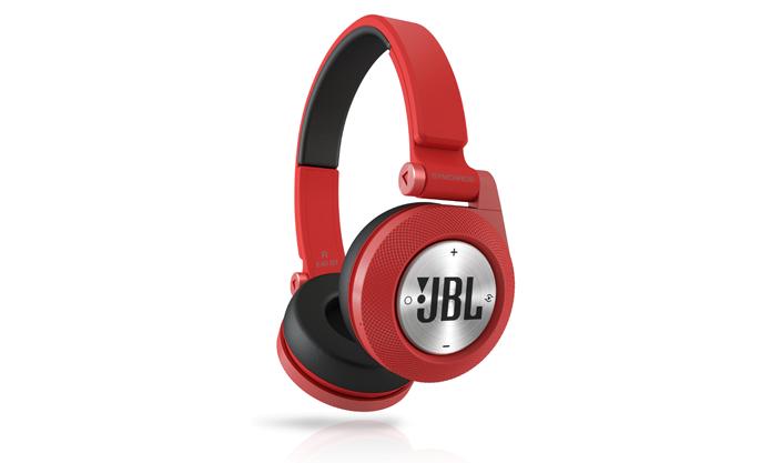 Headphone supra-auricular sem fio pode representar desafios na hora de transportar (Foto: Divulgação/JBL)