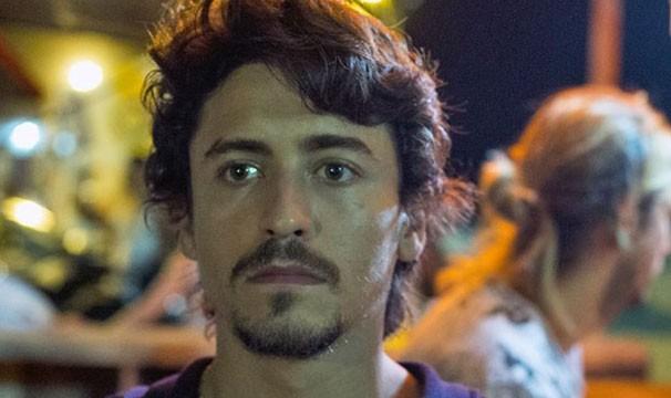 Jesuíta Barbosa em cena da minissérie 'Justiça', da Globo (Foto: Globo/Estevam Avellar)