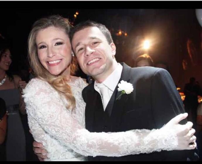 Marcela e Tiago Leifert se casaram no mesmo dia! (Foto: Arquivo Pessoal)