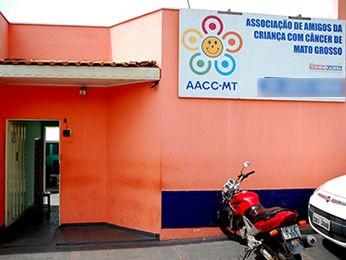 Sede da Associação dos Amigos da Criança com Câncer de Mato Grosso (AACC-MT) (Foto: Angelo Varela)